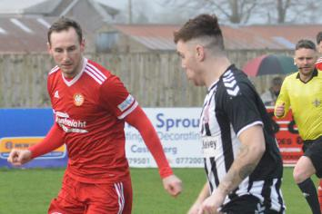 Dergview secure shock win over leaders Portadown
