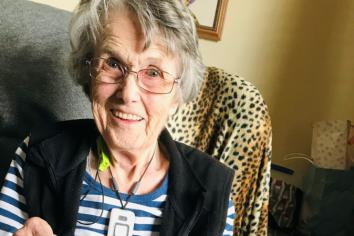 Yarn manufacturer 'wool' of praise for charitable efforts of Killen knitting enthusiast