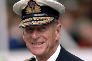 Council unanimously agrees to illuminate civic buildings on eve of Prince Philip funeral