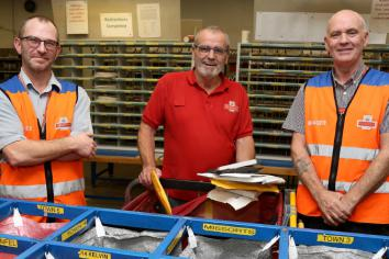 Local postal worker puts his 'stamp' on retirement as 43-year career ends